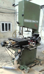 20-12-504 Band saw GRIGGIO SNAC 740 RS3